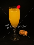 ist2_2701983_cocktails_collection_bellini.jpg